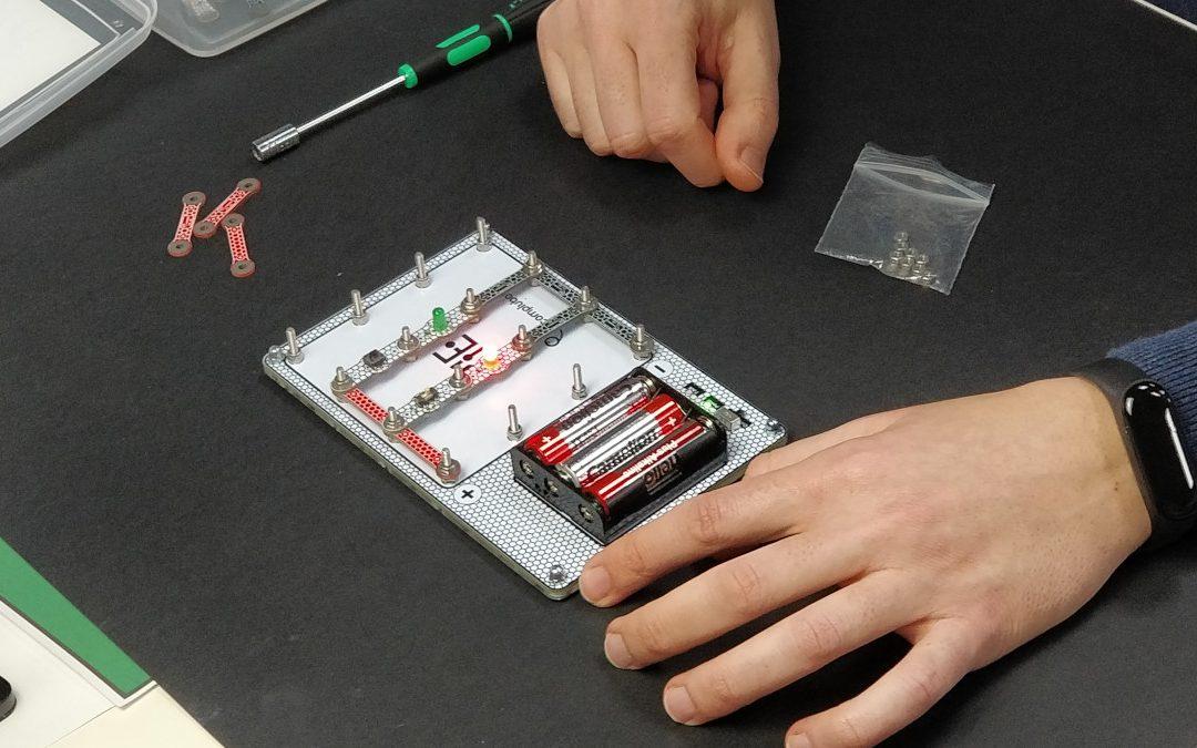 Coemzamos el prototipado electrónico con KIE